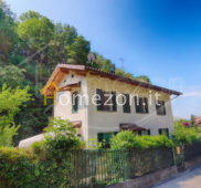 Villa in vendita in collina di Moncalieri